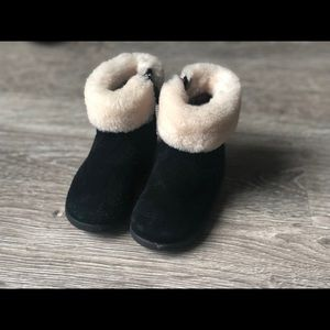 AUTHENTIC Ugg boots 6c